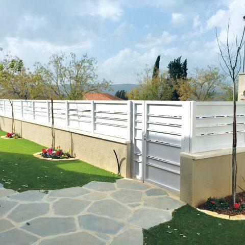 גדרות-גדר פרופילים 24 לבן
